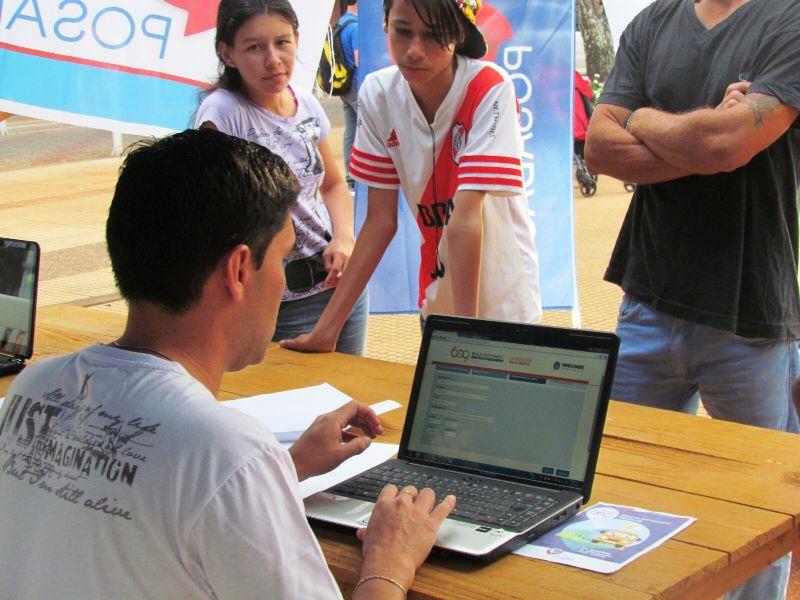 La Agencia Universitaria continúa con puntos para inscripción al BEG en Posadas