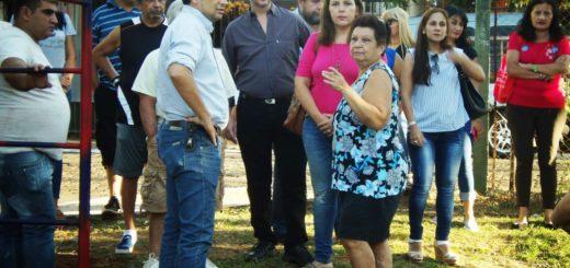 Losada visitó las obras de la plaza del barrio Tajamar de Posadas