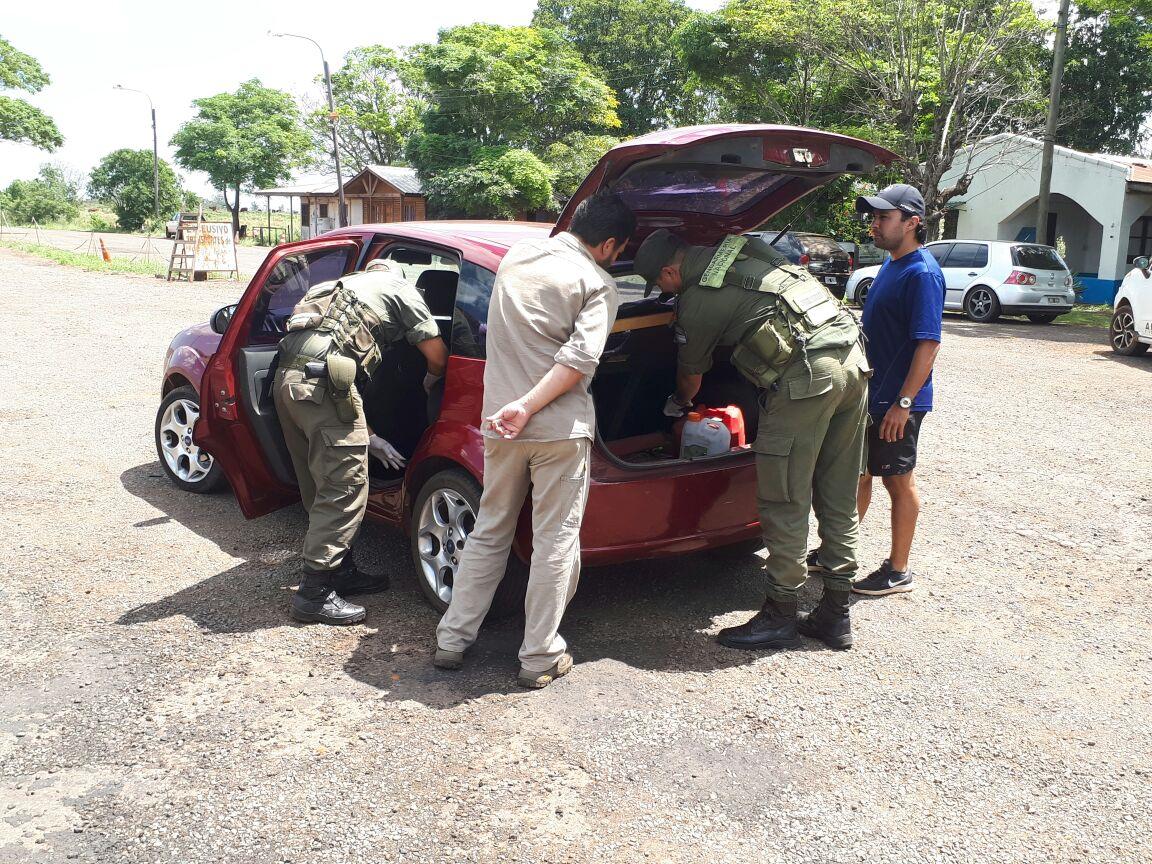 Había partido de Misiones con marihuana en el tanque de nafta del auto: lo descubrieron en Corrientes