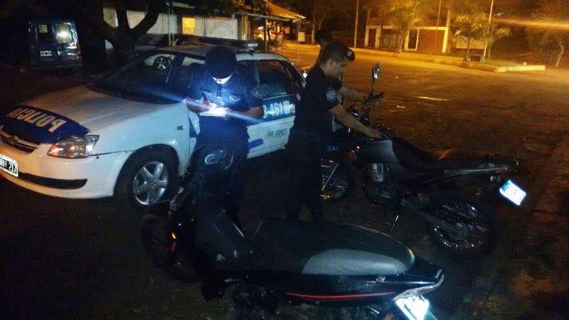 """Cinco motos secuestradas en intenso operativo """"Anti Picadas"""" en las principales avenidas de Puerto Rico"""