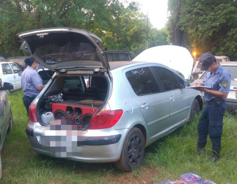 Abandonaron en Iguazú un auto que había sido robado en octubre de 2016 en Buenos Aires
