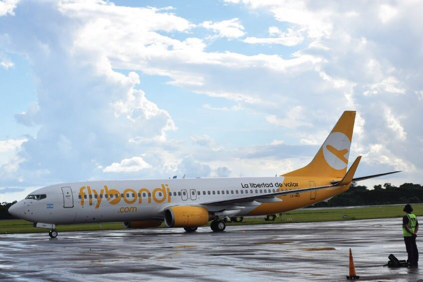 El vuelo que une Mendoza con Iguazú llegó con demoras