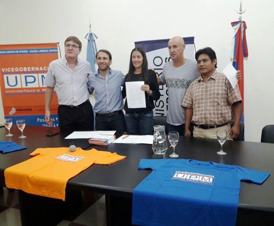La Universidad Popular de Misiones formará árbitros de fútbol Mbya Guaraní