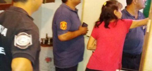 Posadas: policías socorrieron a una mujer que se quedó encerrada en la casa y sufrió una crisis