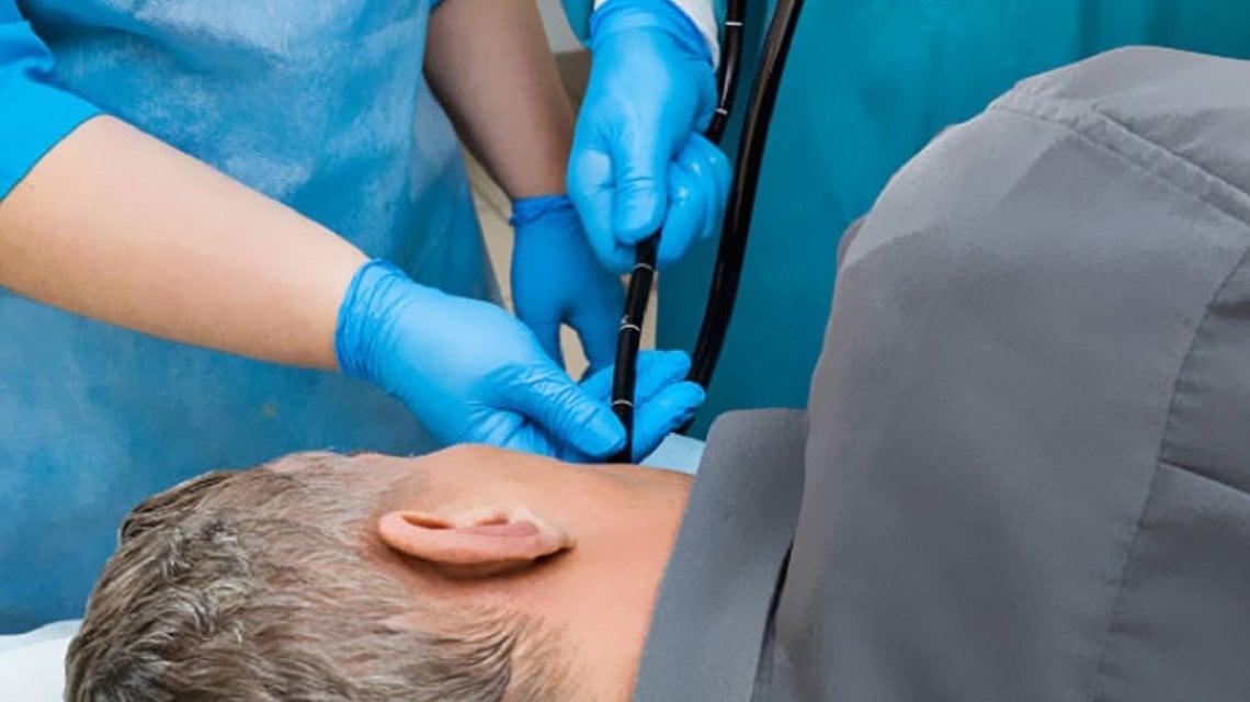 ¿Para qué sirve una endoscopía y qué riesgos tiene?