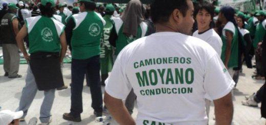 Comienza la movilización previa a la marcha y el acto de Hugo Moyano