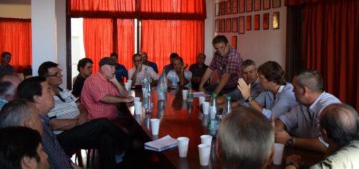 Afome: Productores de la región plantearon a Laharrague su preocupación por la incertidumbre de pago de la millonaria deuda del incentivo forestal