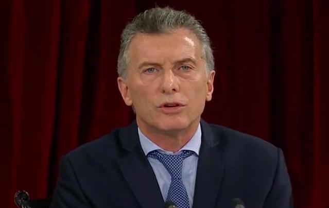 """Macri admitió un """"rebote"""" de la inflación, respaldó a Aranguren y criticó el canje de pasajes en el Congreso"""