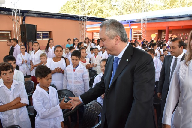 """""""La sociedad misionera se alegra de saber que el comienzo de clases nunca estuvo en riesgo"""", remarcó Passalacqua"""