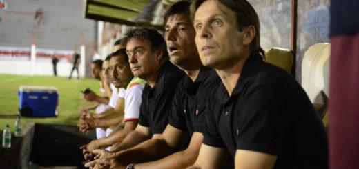 """""""Pico"""" Salinas: """"Como cuerpo técnico de Guaraní nos sentimos muy dolidos por la situación por la que estamos pasando"""""""