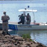 Posadas: hallaron un cadáver flotando cerca del puente internacional y creen que es un canoero paraguayo que había sufrido un naufragio