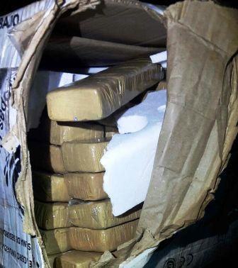 Tiros y droga abandonada por narcos en la ribera de Puerto Iguazú