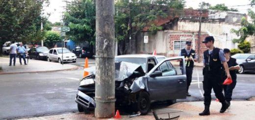 Accidente de tránsito y susto frente a la iglesia Inmaculada Concepción de Posadas