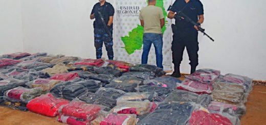 Interceptaron a contrabandista de camperas en Puerto Iguazú