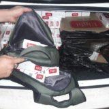 Contrabandista evadió un control en Dos de Mayo y luego abandonó su auto, repleto de cigarrillos ilegales