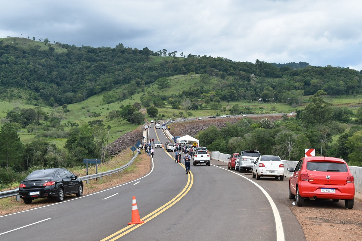 Nuevo pavimento sobre la ruta 8, una inversión de 900 millones de pesos