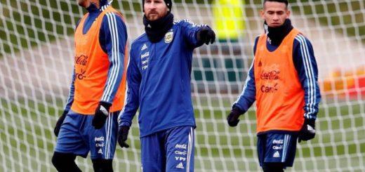 Cristian Ojeda, de ensuciarse en la tierra colorada a marcar a Messi