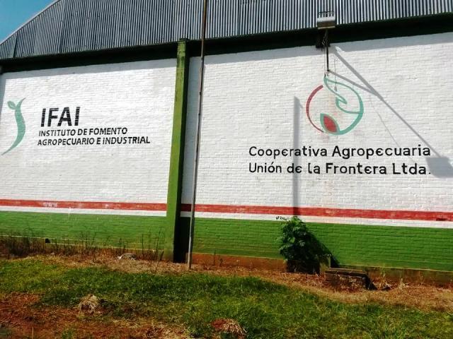 Con el compromiso de saldar deudas, el IFAI mantendrá apoyo a cooperativa que administra los silos en el norte