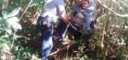 Montecarlo: policías encontraron y socorrieron a un hombre extraviado dos días en el monte
