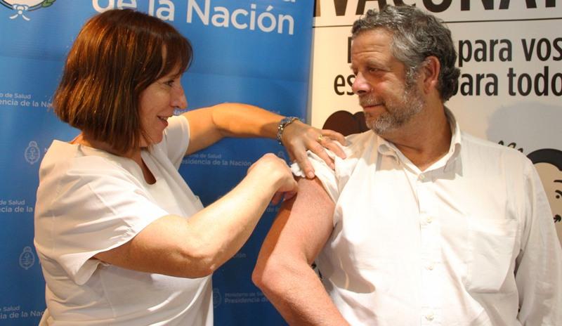 El Ministro de Salud de la Nación instó a inmunizarse a los grupos de riesgo