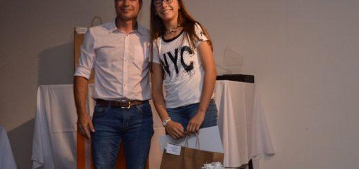 Misiones Online #18 Aniversario: Sofía Bianchi es la ganadora del Premio Ratti Construcciones por Mejor Promedio de escuelas primarias de Misiones
