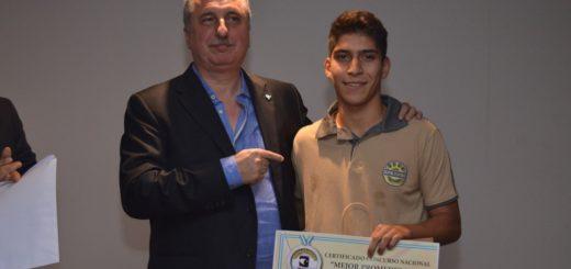 Misiones Online #18 Aniversario: Braian Olivera es el ganador de la Beca CEM por Mejor Promedio de Escuelas Técnicas de la provincia