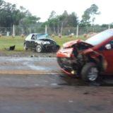 Montecarlo: perdió el control de su camioneta, se incrustó contra un árbol y quedó atrapado hasta que lo sacaron los bomberos