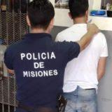 Posadas: Fue sorprendido robando, atacó a policías y fue detenido
