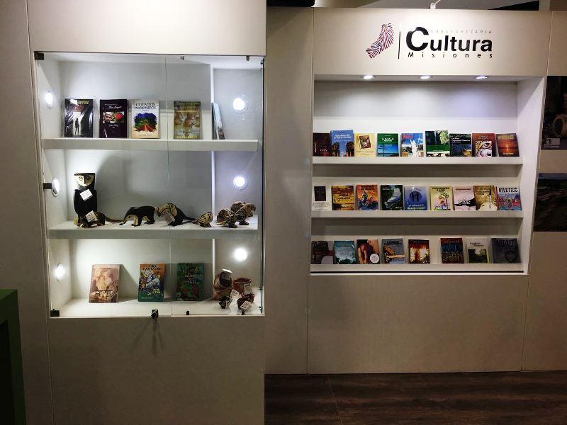 Misiones tiene su stand en la Feria Internacional del Libro