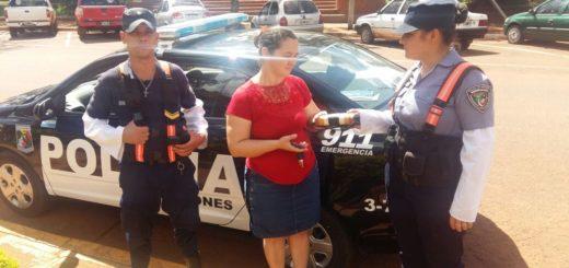 Una mujer recuperó su billetera con 4 mil pesos que había perdido en un control policial en San Vicente