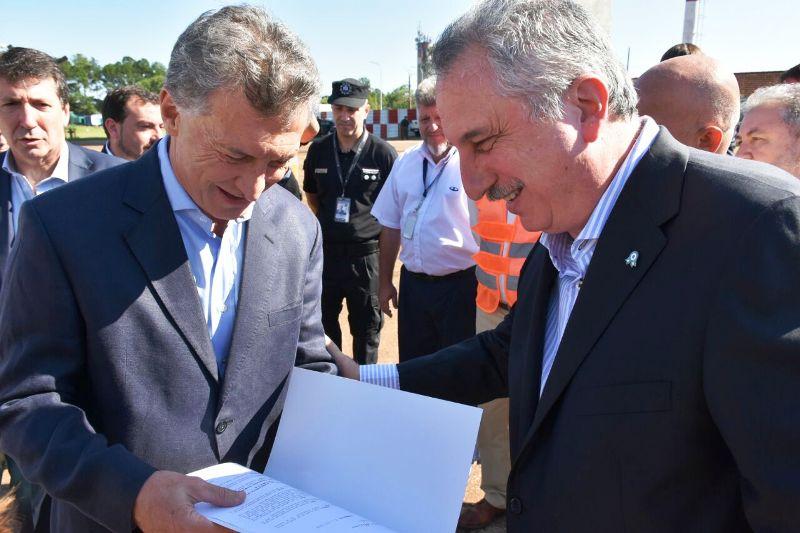 Análisis Semanal: Lo que dejó Macri en Iguazú: anuncios concretos, cercanía con Passalacqua y un pedido para su tropa