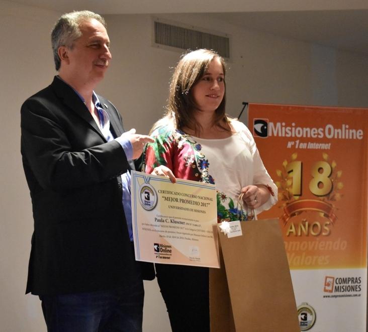 Misiones Online #18 Aniversario: Paula Klusener es la ganadora de la Beca Electro Misiones SA por Mejor Promedio de las universidades de Misiones