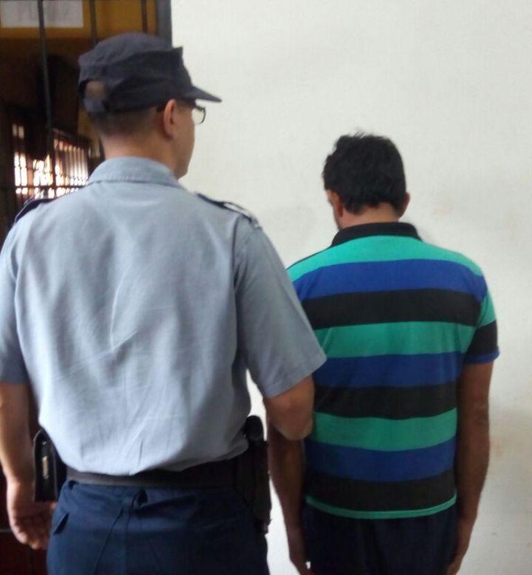 Detuvieron en Jardín América a un automovilista por el presunto intento de rapto de una chica de 15 años