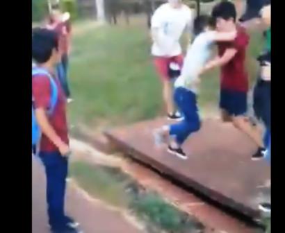 Puerto Iguazú: violenta pelea entre dos alumnos se viralizó en las redes