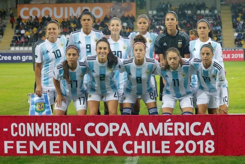 Fútbol femenino: Argentina cayó por 3 a 1 ante Brasil en su debut en la Copa América de Chile