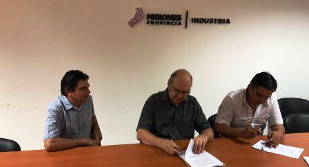 Industria y gremios suman esfuerzos para la puesta en marcha del Puerto Posadas