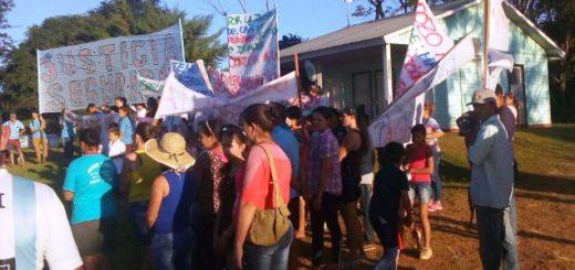 Pozo Azul: tras la manifestación en reclamo de justicia por la nena violada, los vecinos juntaron cerca de 7 mil pesos para ayudar a su familia