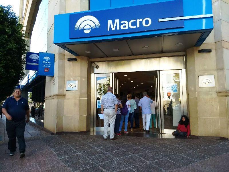 Se cumple la segunda jornada del paro bancario en Posadas