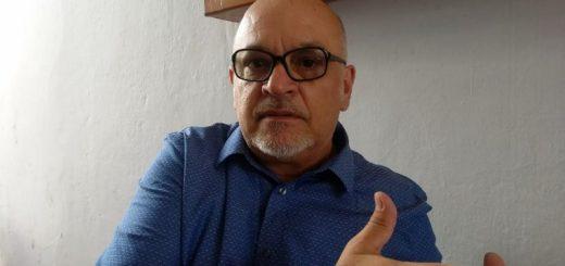 """El reconocido psicoanalista Enrique Acuña inauguró el seminario """"Las neurosis actuales en la época de la técnica"""" en Posadas"""