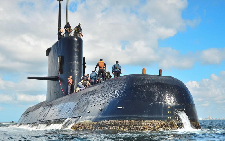 ARA San Juan: un empresario venezolano que quiere buscar al submarino dijo que «pasaron cien veces por arriba»