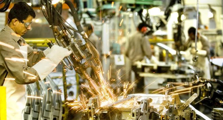 Según el Indec, la industria se desaceleró en marzo: avanzó sólo 1,2%