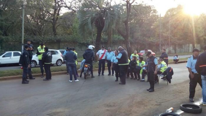 Inspectores de tránsito de Posadas están de paro