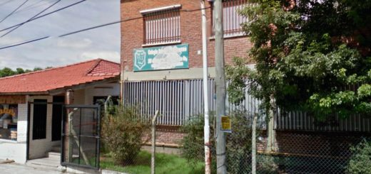 Violencia escolar: una joven de 13 años apuñaló a su compañero porque le tiro una tiza