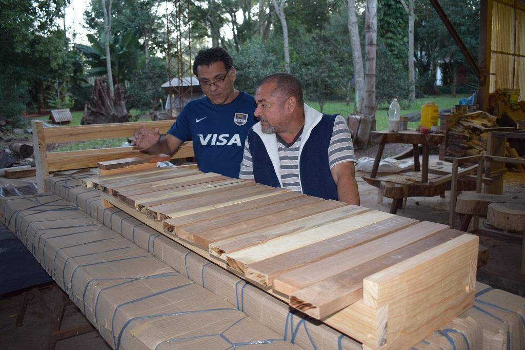 La increíble y conmovedora historia de la construcción de 20 marimbas en menos de una semana para el Iguazú en Concierto