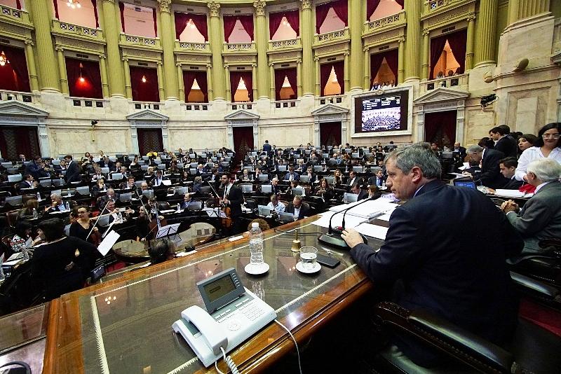 VIVO: diputados debaten el proyecto opositor sobre las tarifas de luz y gas