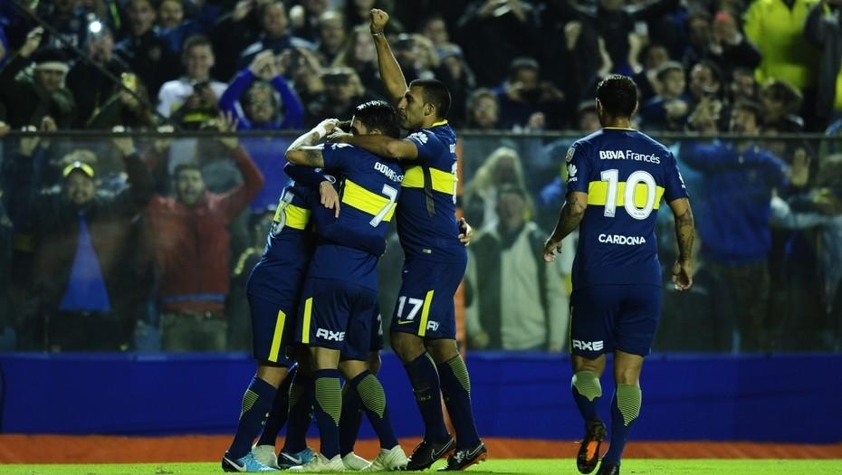 Boca se floreó ante el débil Alianza Lima y ya está en octavos