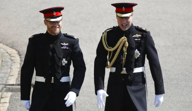 Cómo es el uniforme de gala del príncipe Harry