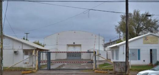 Polémica en Neuquén: les hicieron bajar los pantalones a los alumnos de tercer grado para ver quién se había hecho caca