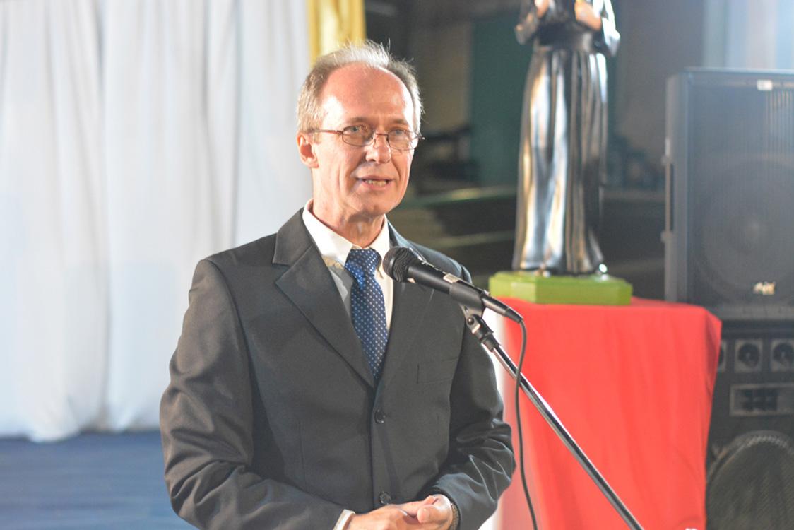 Con la presencia del obispo Martínez, se realizó la celebración por los 50 años de trayectoria del instituto Janssen