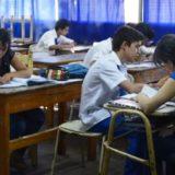 Educación espera bajar el nivel de ausentismo al cambiar las fechas para rendir materias previas y equivalencias en el secundario